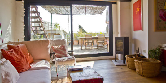Stylish Apartment for Sale in Establiments