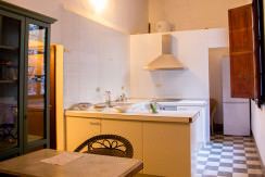 unique villas mallorca charming duplex apartment for Sale in Old Town Palma kitchen