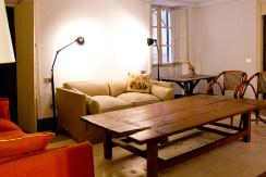 unique villas mallorca charming duplex apartment for Sale in Old Town Palma living room
