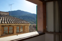 unique villas mallorca charming townhouse to be reformed for sale in Valldemossa views