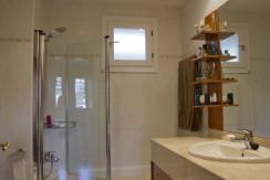 unique villas mallorca detached house for sale in sa teulera bathroom