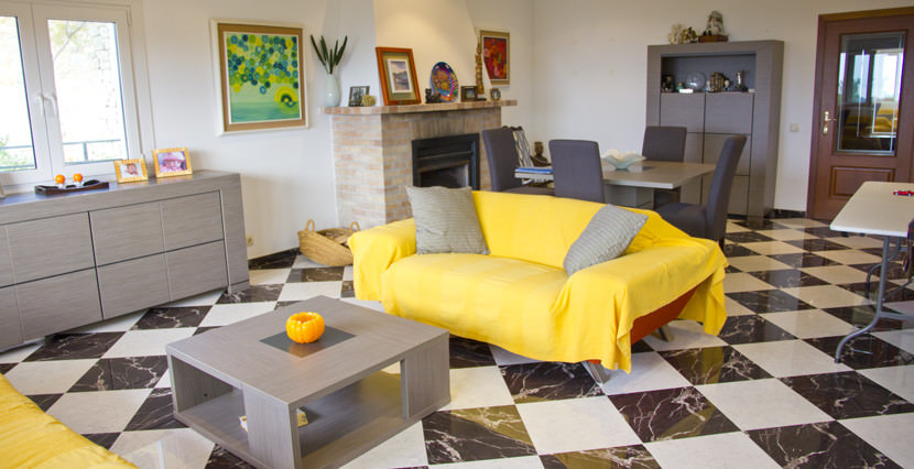 unique villas mallorca house with seaviews for sale in La Bonanova living room