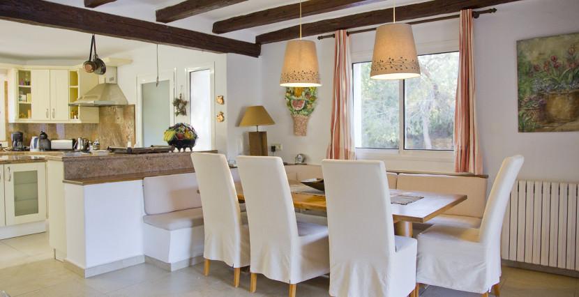 unique villas mallorca mediterranean villa for sale in Andratx dining area & ktichen