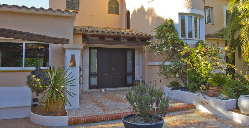 unique villas mallorca mediterranean villa for sale in Andratx entrance