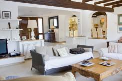 unique villas mallorca mediterranean villa for sale in Andratx living area