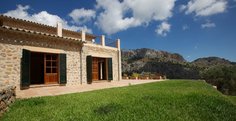 unique villas mallorca new build country house for sale in Valldemossa views