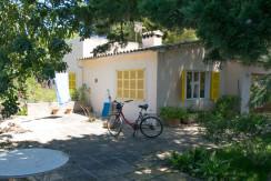 unique villas mallorca summer house for sale in Cala Ratjada porch area