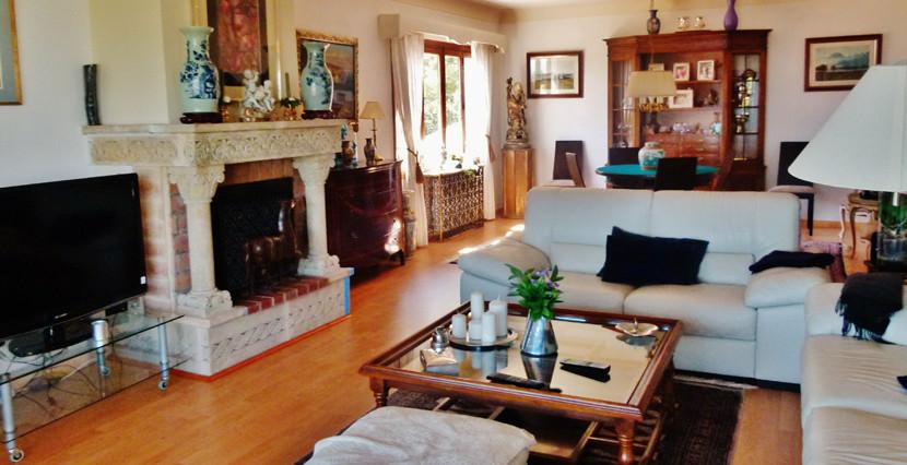 unique villas mallorca villa with seaviews for sale in Genova views living room