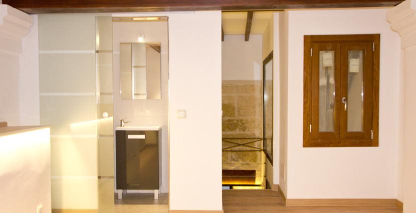 unique villas malorca ground floor duplex for sale near San Miguel, Palma bathroom