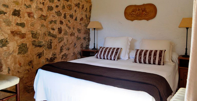 dream country house for sale in Alaro bedroom