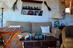 dream country house for sale in Alaro living area2