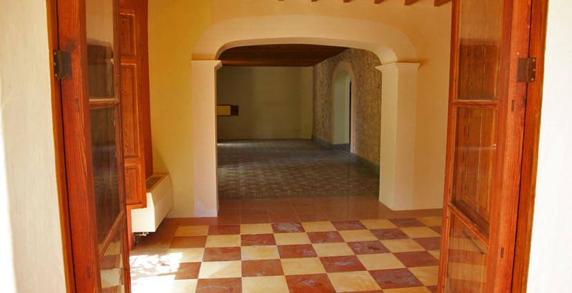 unique villas mallorca magnificent villa for sale in idyllic Valldemossa hall