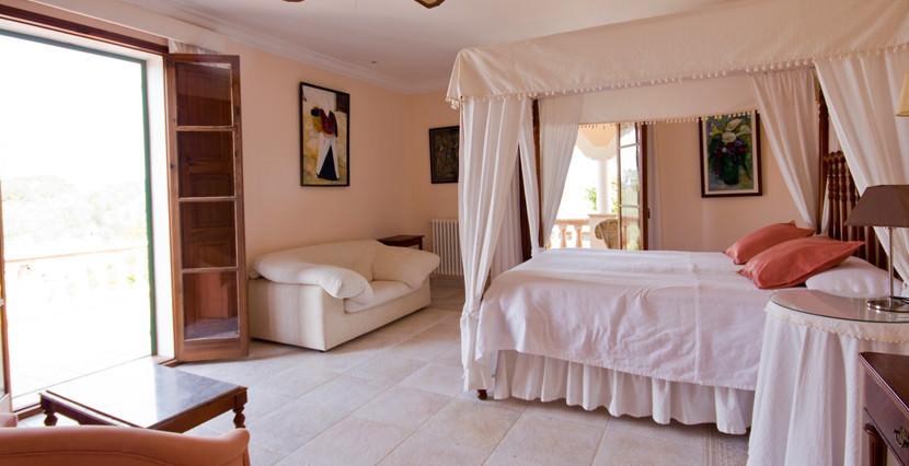 unique-villas-mallorca-modern-country-house-for-sale-in-Alaro-bathroom