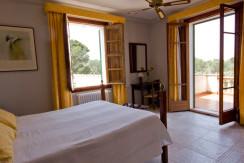 unique-villas-mallorca-modern-country-house-for-sale-in-Alaro-room