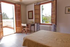 unique-villas-mallorca-modern-country-house-for-sale-in-Alaro-room3