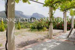 unique-villas-mallorca-modern-country-house-for-sale-in-Alaro-uvm05.1