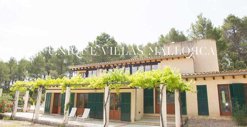 unique-villas-mallorca-modern-country-house-for-sale-in-Alaro-uvm05.13