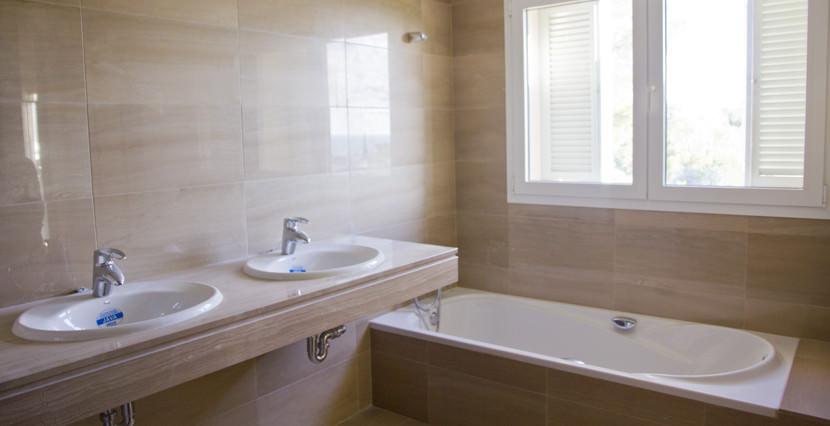 unique villas mallorca new apartments for sale in la Bonanova bathroom