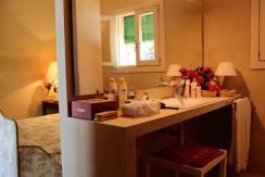 unique villas mallorca summer house for sale in Pollensa bedroom & bathroom