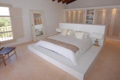unique villas mallorca wonderful country house for sale in Santanyi bedroom
