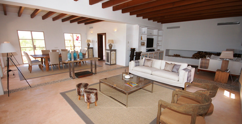 unique villas mallorca wonderful country house for sale in Santanyi living & dining areas