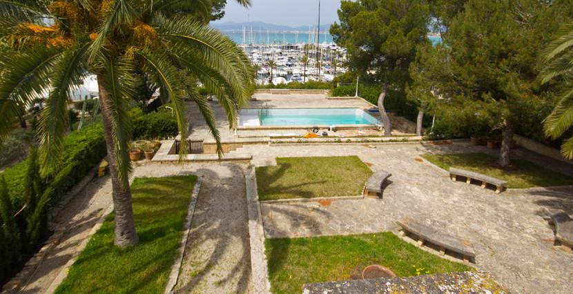 uniquevillasmallorca-dream-villa-for-sale-in-son-ver-garden-view-