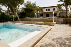 uniquevillasmallorca-dream-villa-for-sale-in-son-veri-swimming-pool