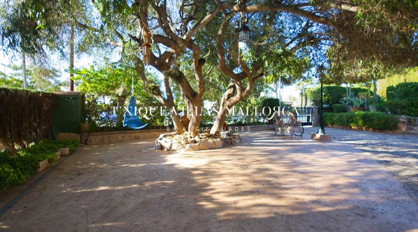 uniquevillasmallorca-elevated-house-for-sale-in-llucmajor.3