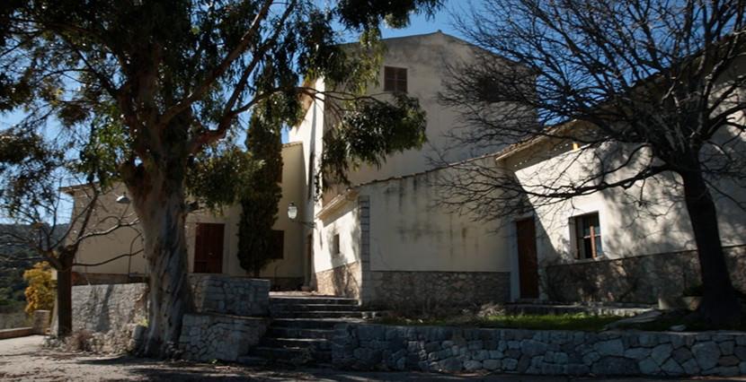 uniquevillasmallorca finca for sale in alaro house