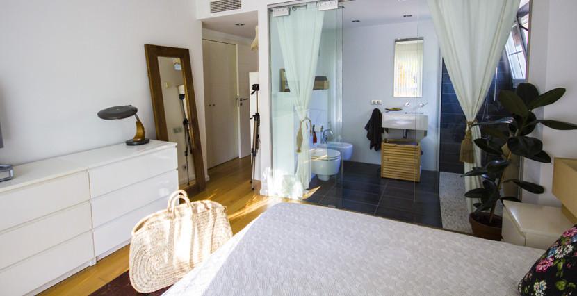 uniquevillasmallorca first floor for sale in La Bonanova bedroom