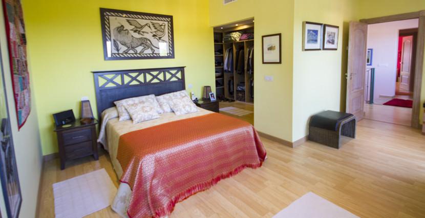 uniquevillasmallorca lovely villa for sale in cala vinyas master bedrooms