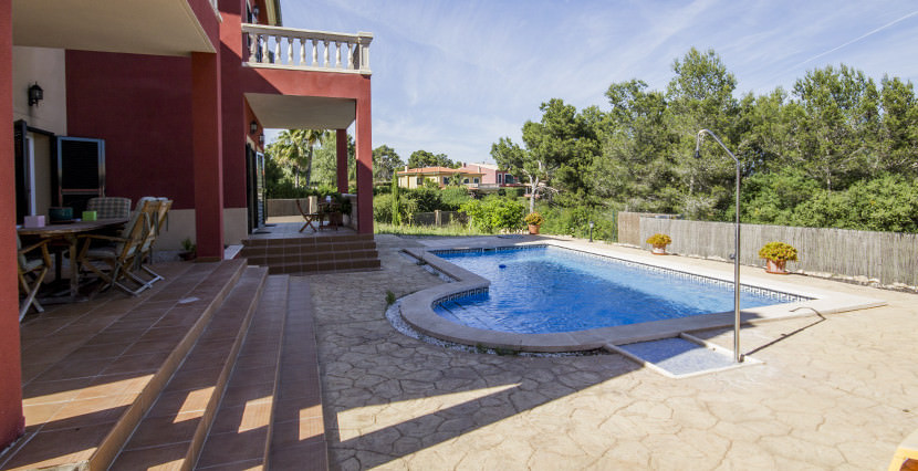 uniquevillasmallorca lovely villa for sale in cala vinyas swimming pool