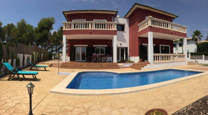 uniquevillasmallorca lovely villa for sale in cala vinyas swimming pool7