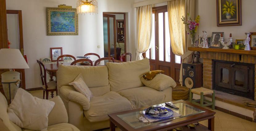 uniquevilllasmallorca mediterranean villa to be reformed for sale in cala blava living area