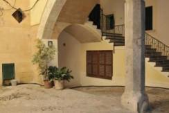 uniquevillasmallorca-historical-property-old-town-of-palma-patio