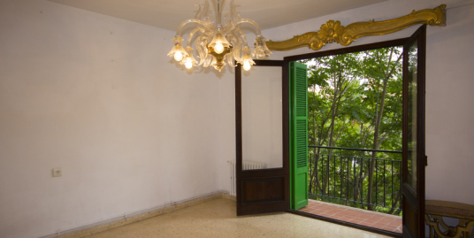 Spacious Flat to be Reformed for Sale in Palma Center-uvm114