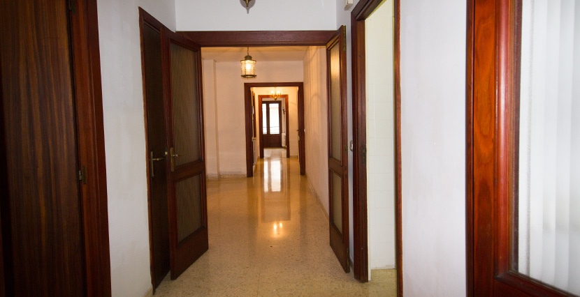 uniquevillasmallorca property in palma center hallway