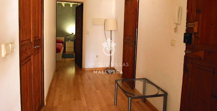 unique villas mallorca studio for sale in Palma center hall