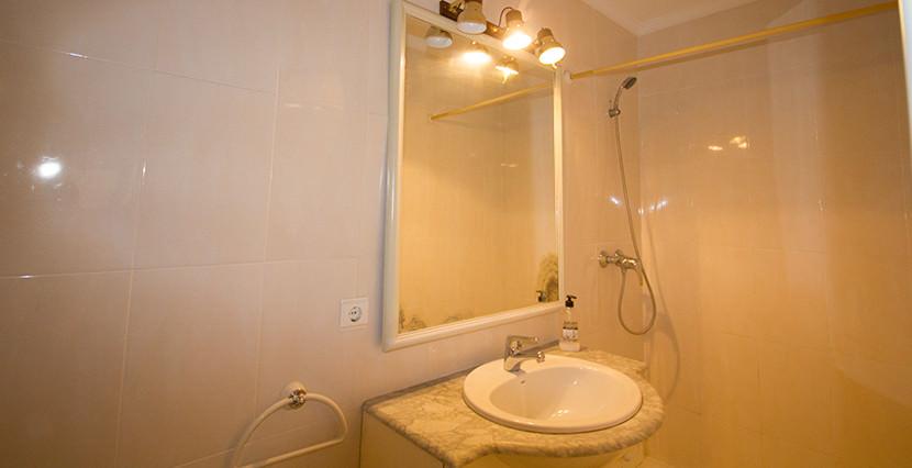 uniquevillasmallorca bright flat for sale near palma center bathroom