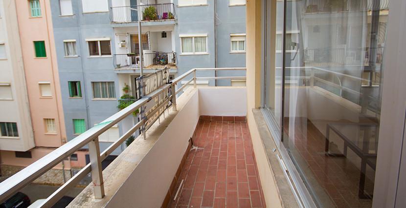 uniquevillasmallorca bright flat for sale near palma center terrace
