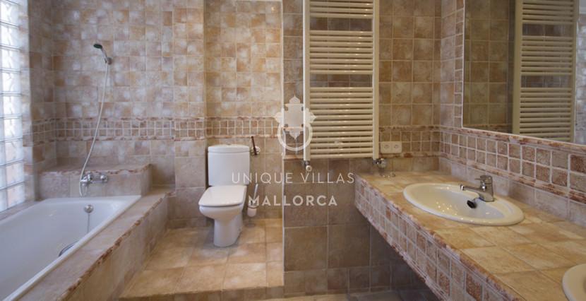 uniquevillasmallorca penthouse for sale in Avenidas bathroom 2