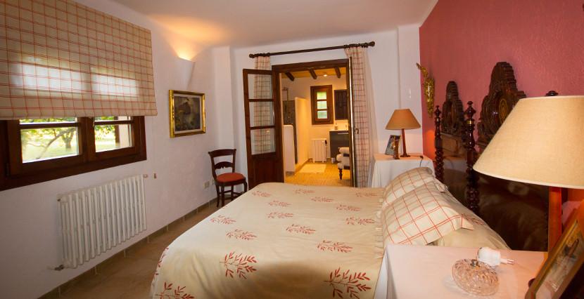 unique villas mallorca finca for sale in sencelles bedroom 2
