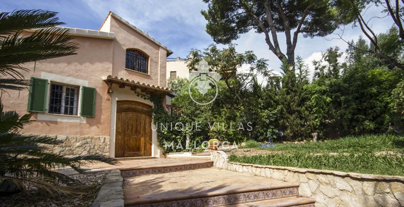 Fabulous House for Sale in La Bonanova