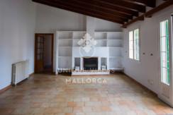 unique villas mallorca house for sale in La Bonanova living area 2