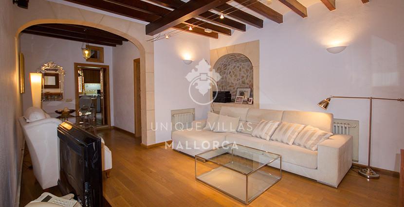 unique villas mallorca house for sale in La Bonanova living area