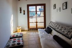 unique villas mallorca lovely 1 bedroom townhouse for sale in valldemossa living area