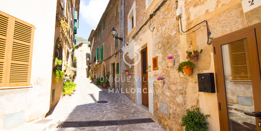 Charming Reformed Townhouse for Sale in Valldemossa