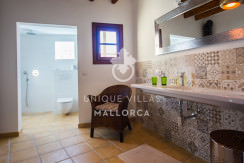 unique villas mallorca lovely townhouse for sale in valldemossa bathroom