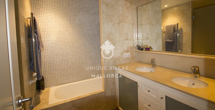 uniquevillasmallorca ground floor for sale in La Bonanova bathroom 2