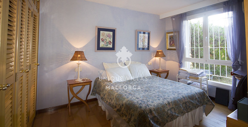 uniquevillasmallorca ground floor for sale in La Bonanova bedroom master